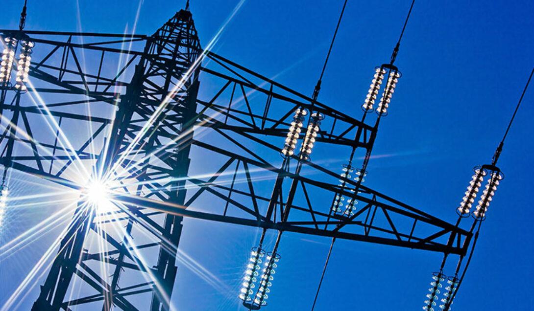 Jak bezpiecznie użytkować urządzenia elektryczne?